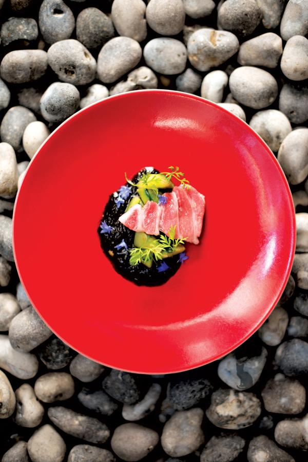 Yam\'Tcha Restaurant: A Culinary Revolution in Paris - Hashtag Legend
