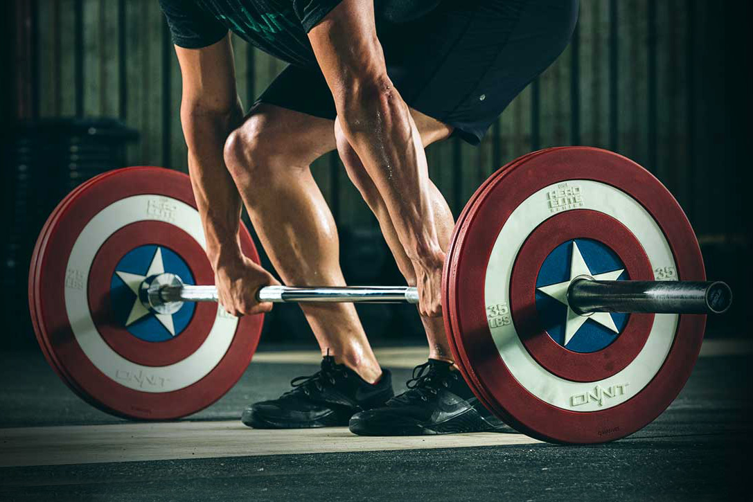 These Captain America barbell plates are lit