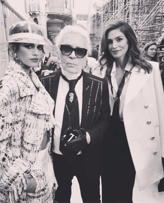 Kaia Gerber backstage at Chanel with Karl Lagerfeld and her mother Cindy Crawford