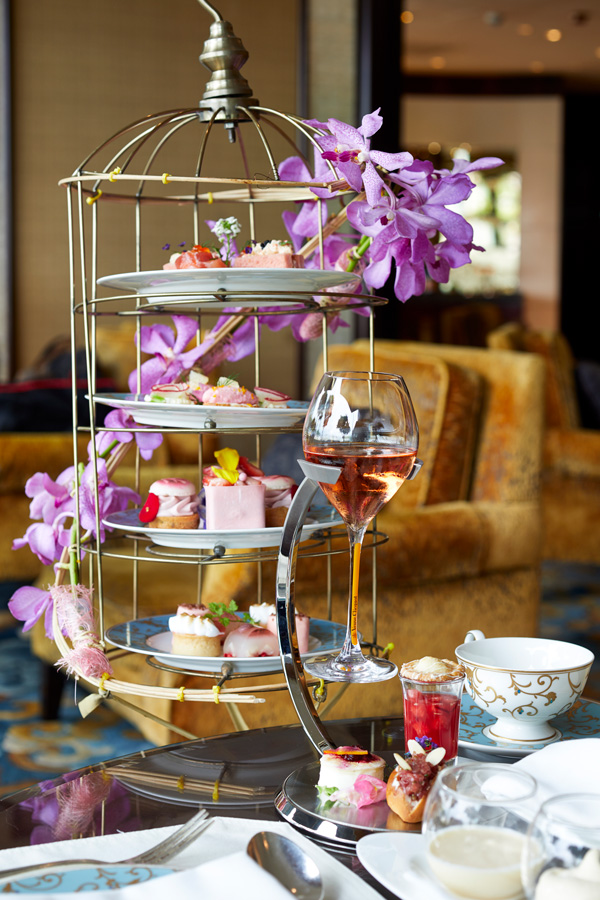 An afternoon in pink at Kowloon Shangri-La