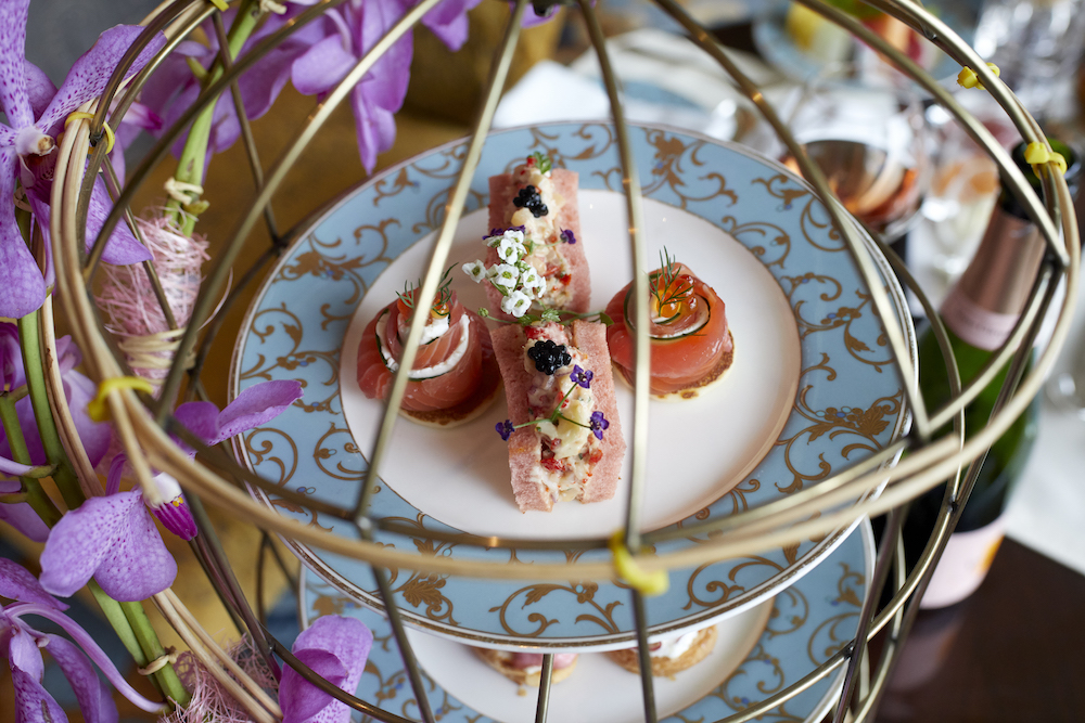 This Japanese-inspired afternoon tea at Kowloon Shangri-La is full of pink accents