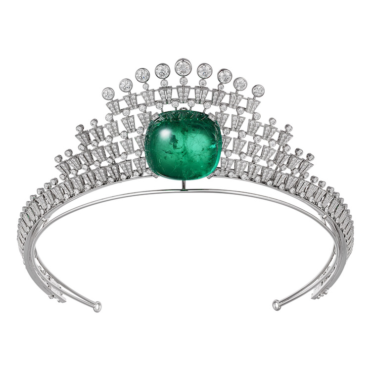 Hyperbole necklace/ tiara in 18k white gold, one 140.21-carat square-shaped cabochon-cut emerald from Colombia, brilliant- cut diamonds