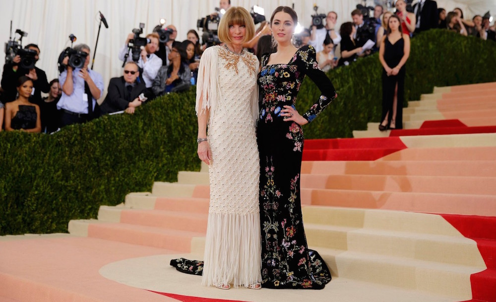 Anna Wintour and her daughter Bee Shaffer at the 2016 gala