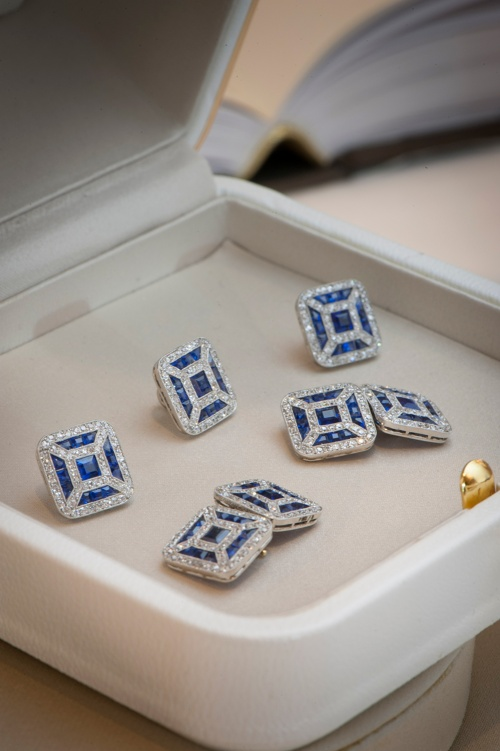 Cufflinks and buttons for men (Courtesy: Boucheron)