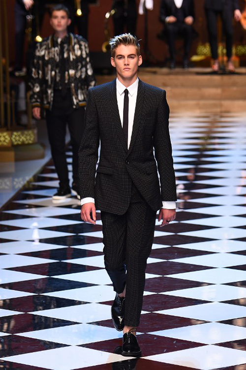 Presley Gerber on the Dolce & Gabbana men's autumn/winter 2016 runway (Photo by Giuseppe Cacace / AFP)