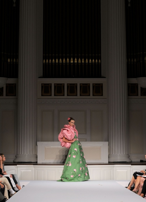 Oscar de la Renta evening dress in green silk, with pink and green embroidery (spring 2011) (Credit: Jemal Countess/Getty Images)