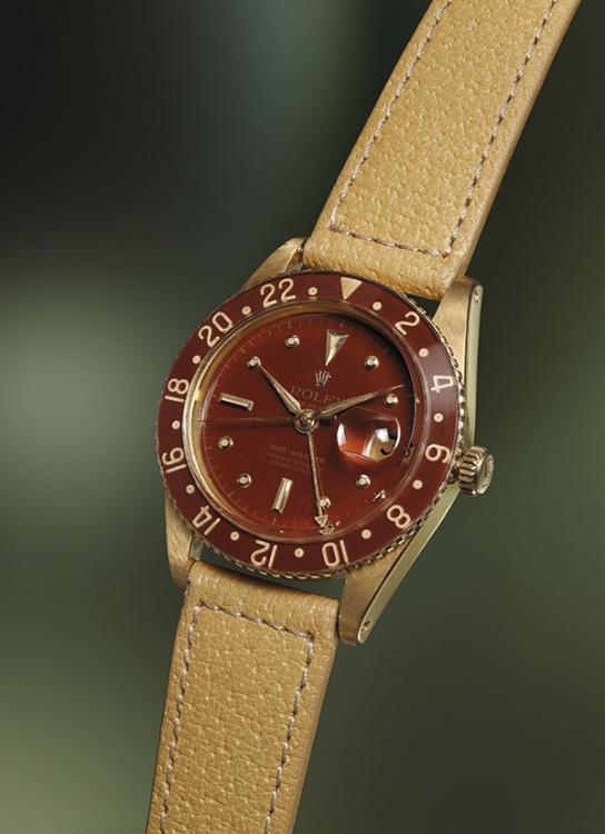 The GMT-Master Ref 6542 with a brown lacquer dial and bakelite bezel