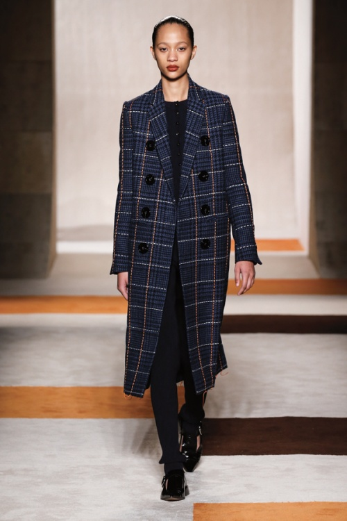 A look from the autumn/winter 2016 collection