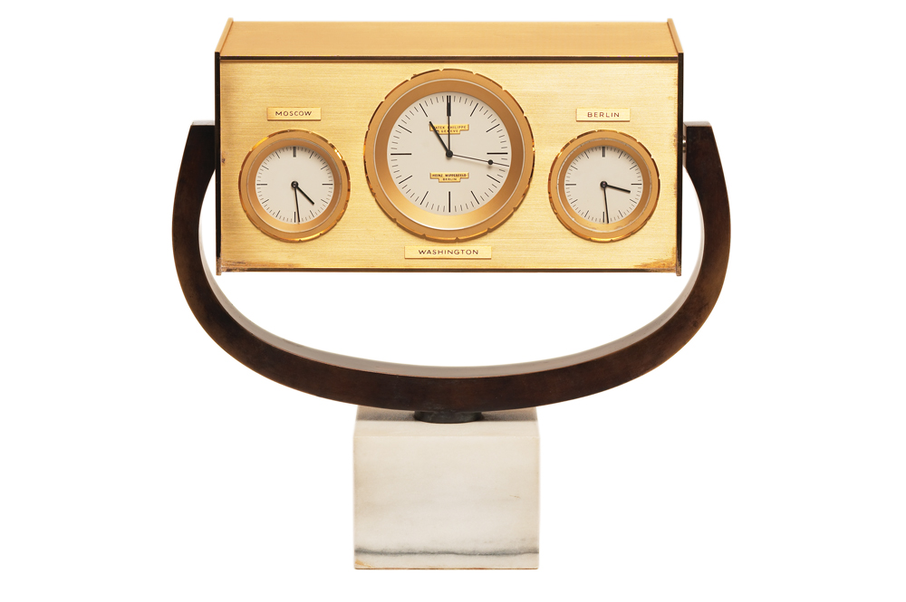 The 1963 Kennedy desk clock