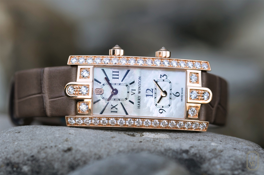 This beautiful timepiece available in white gold and rose gold with an alligator leather strap