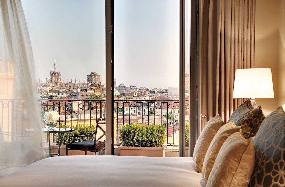 Explore the city of Milan from the Palazzo Parigi