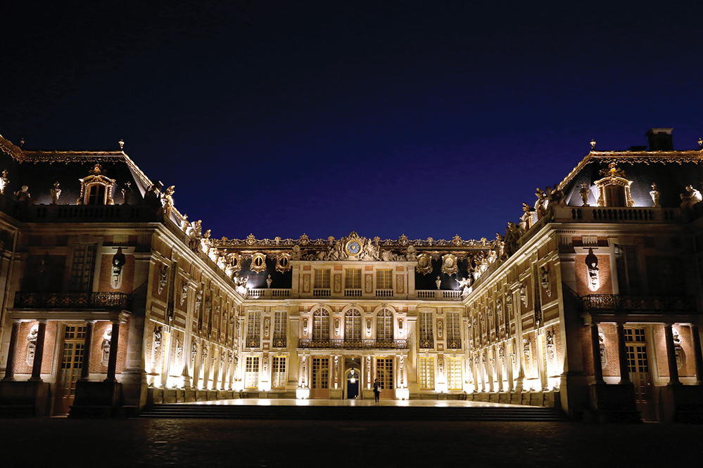 epic dining at the palace of versailles with alain ducasse and dom p rignon s richard geoffroy. Black Bedroom Furniture Sets. Home Design Ideas
