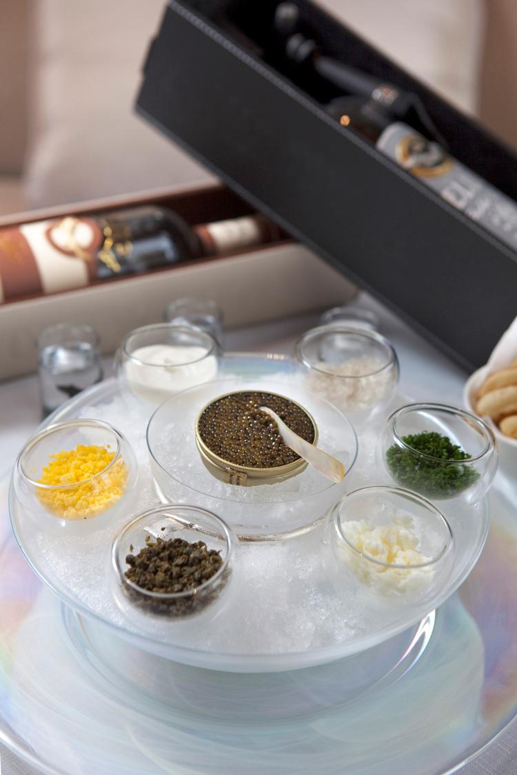 Royal table: pike caviar, cooking 64