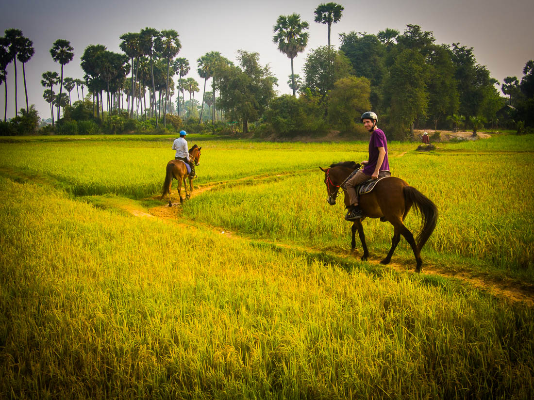 Cambodia's countryside extends for miles outside the few urban centres (photo: Never Ending Voyage)