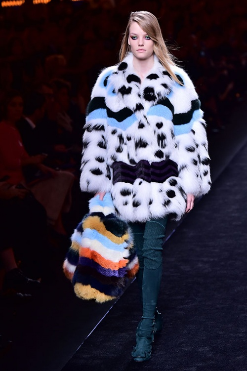 A creation for fashion house Fendi seen at autumn/winter 2016 Milan Fashion Week (Credit: AFP Photo/ Giuseppe Cacace