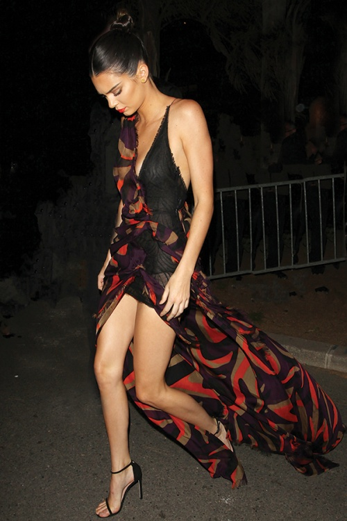 Kendall Jenner wearing Nudist sandals