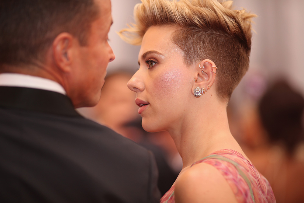 Scarlett Johansson had her ear curated for the Oscars this year