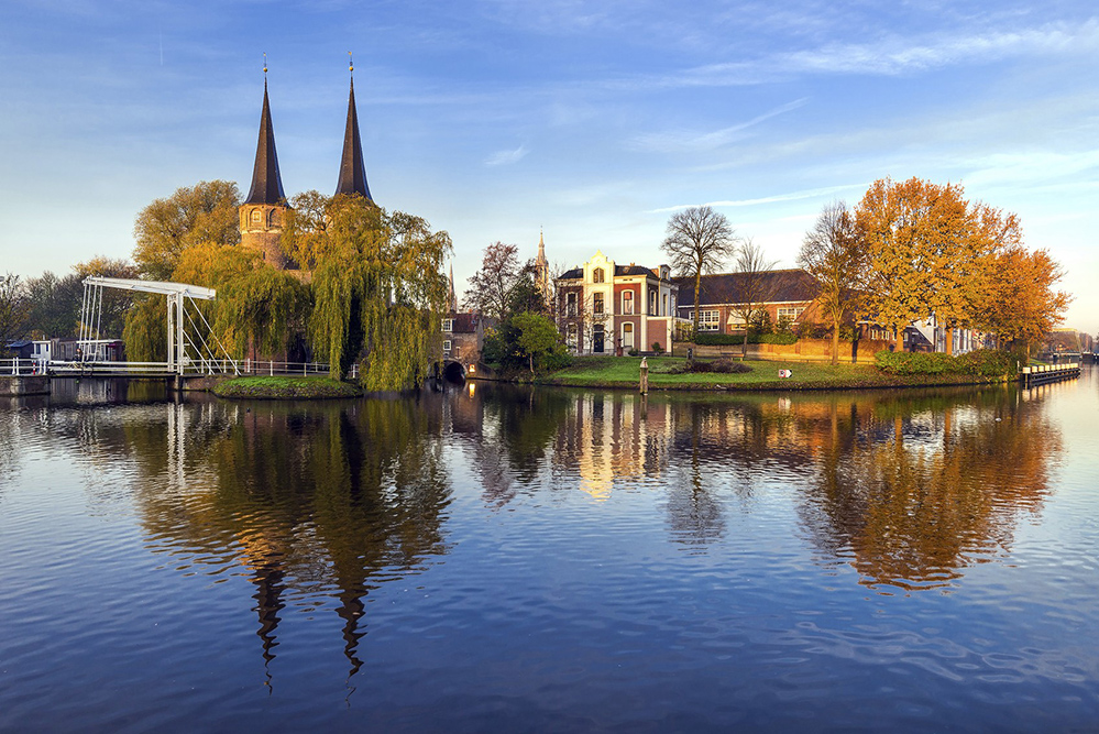 The Dutch city of Delft is the birthplace of the painter Vermeer (Credit: mihaiulia / Istock.com)