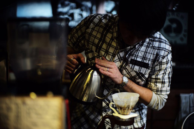 Yoshikazu Hosokawa became a barista to help his coffee roasting business grow