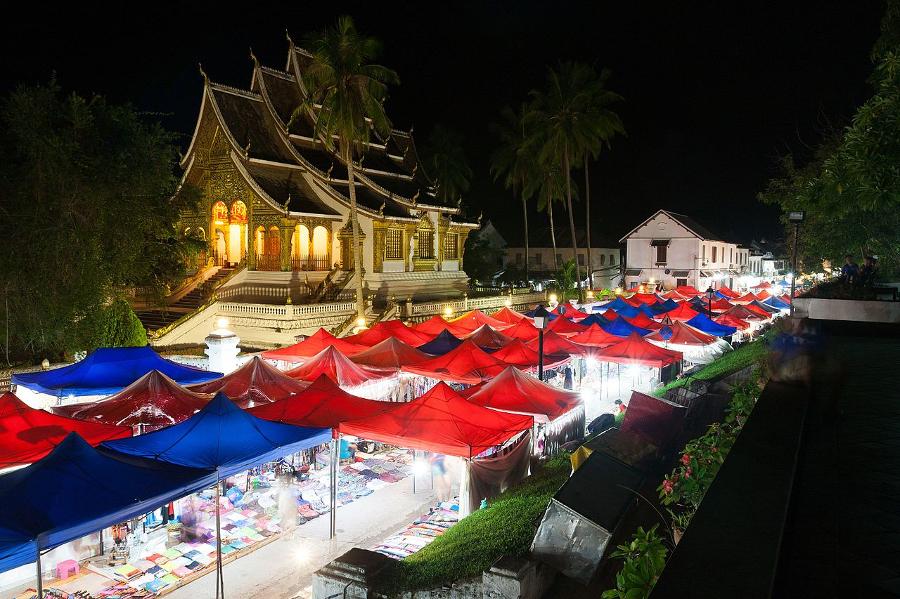 Find your souvenirs at the Luang Prabang night market
