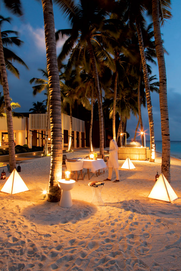 Maldives-style dining out