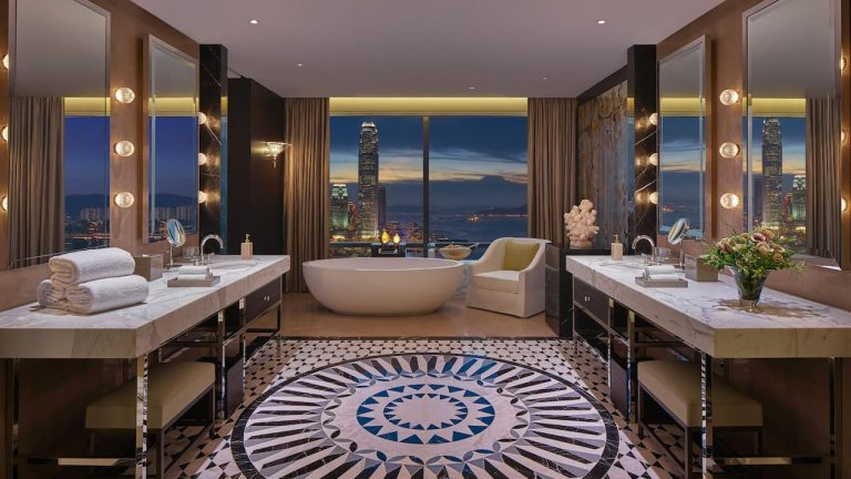 best-hong-kong-hotel-suites-staycation-2020-3-2