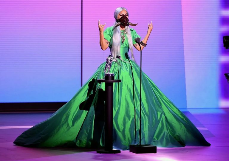 lady gaga 2020 mtv vmas green dress