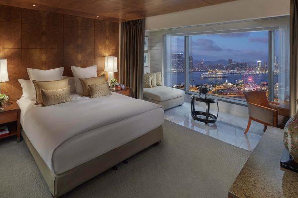 Mandarin-Oriental-Hong-Kong-Hotel-Room-Harbour-View-Verandah-Sty
