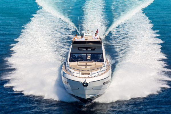 fairline-yacht